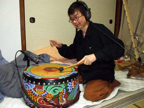 Kanda+Mori+me+and+drum